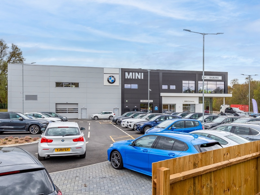 Barons Hindhead Bmw Authorised Bmw Dealership In Surrey