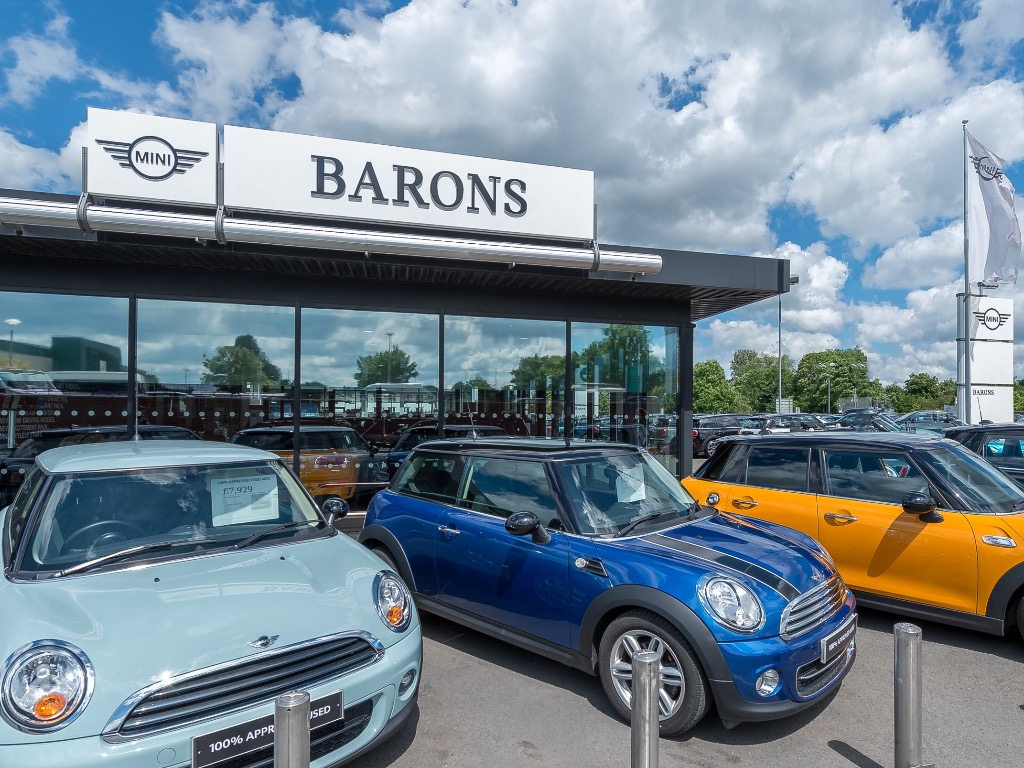 Barons Mini Borehamwood New Used Mini Dealer In Borehamwood